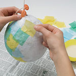 [تصویر: paper-egg-diorama-easter-craft-step2-pho...9EFA15.jpg]